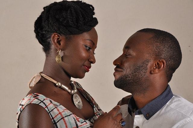 Das Paar liebt, respektiert & toleriert sich