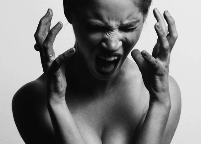 Sie kann mit verbaler Gewalt nicht umgehen