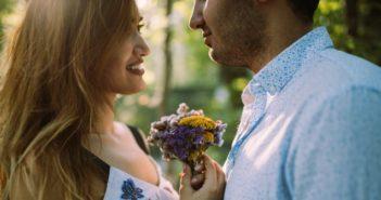 Ist er in mich verliebt? Diese 8 Signale verraten dir seine Gefühle