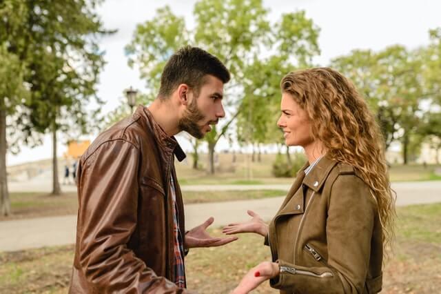 Fehlende Kommunikation ist ein Grund für Beziehungsende